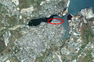 Foto aerea del Porto Antico di Brindisi; in evidenza l'area interessata dal progetto di riqualificazione del lungomare